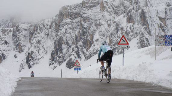 Topbike gives riders the opportunity to cycle the classic Italian passes in the heart of the Dolomites