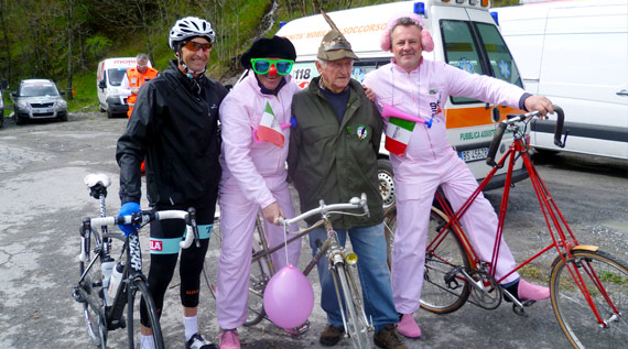 Meeting some of the Giro Fans, the italian tifosi