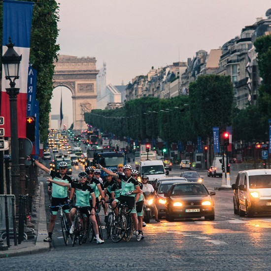 Early morning ride along the Champs-Elysées, Paris - Topbike Riders TDF Paris Tour