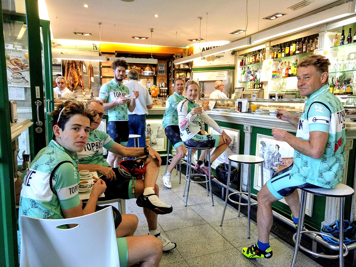 La Vuelta - Breakfast in Madrid Topbike Tours, Spain